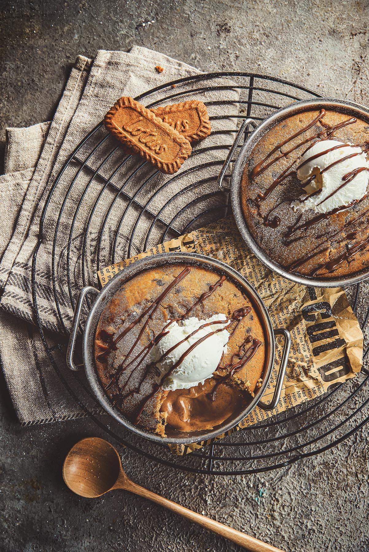 Lotus Molten Cake - Food photographer - Egypt - Mohamed Abdel-Hady
