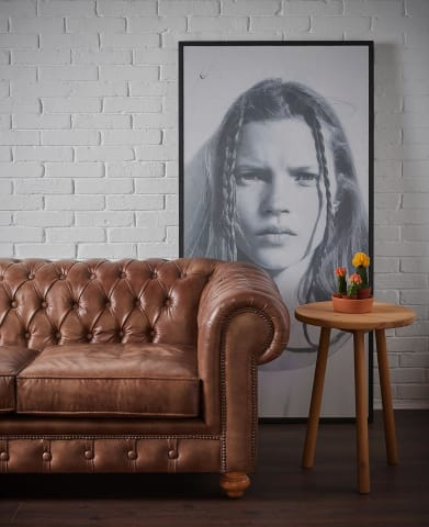 Leather sofa - Badie Architects