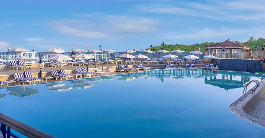 hg-pool-sheraton-montazah-hotel