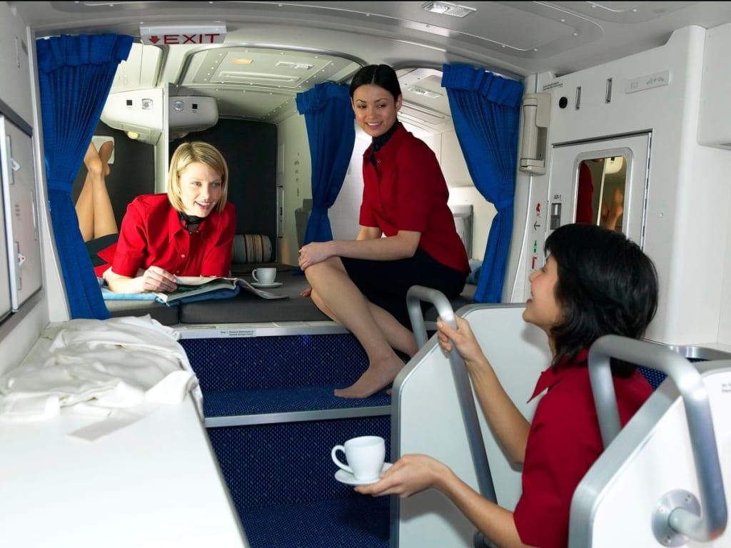kamar pramugari di pesawat