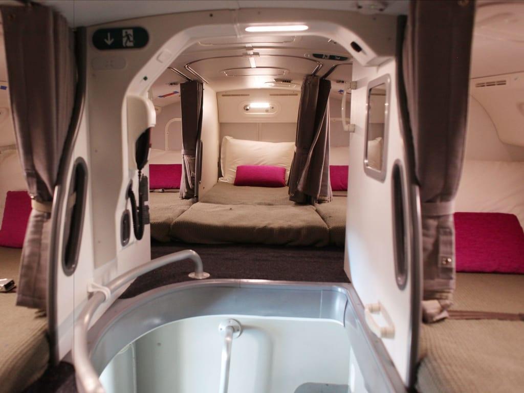 interior kabin pesawat