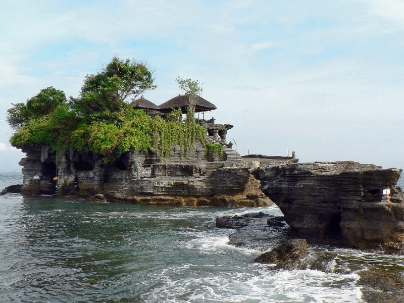 Pura di Bali. Masyarakat Bali, sangat menghargai toleransi beragama. Foto : Pixabay.com
