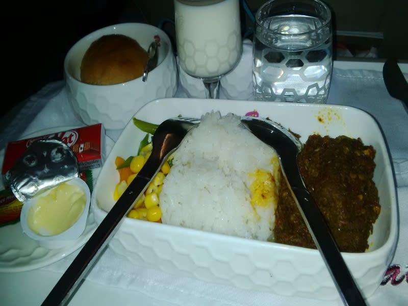 Menu makanan di kelas bisnis Batik Air lumayan enak