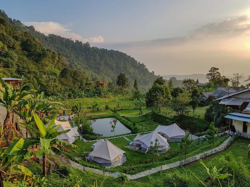 tempat glamping seru di Bogor