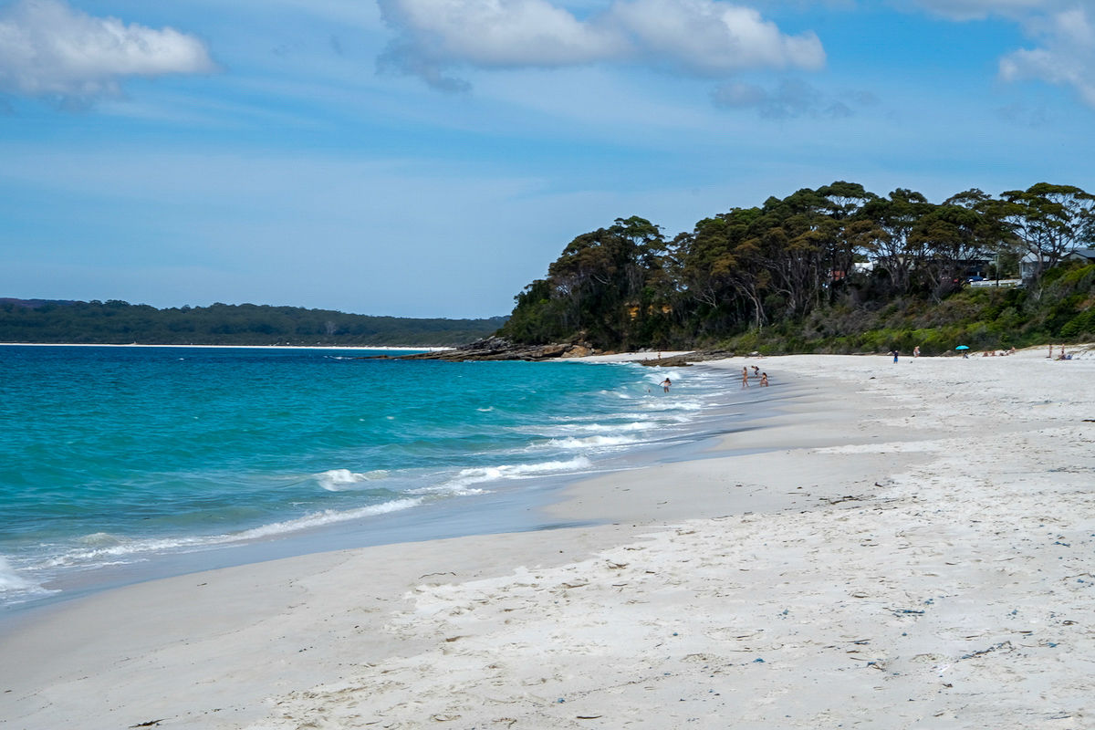 Hymans Beach and the Whitest Sand in The World