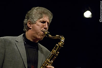 The Dave Stryker - Bob Mintzer Quartet, featuring Hans Dekker & John Goldsby (Bild © Alberto Reina)