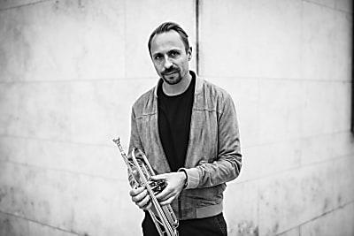 Jazz und Weltmusik im Rathaus-Innenhof (Bild © Nadine Heller-Menzel)