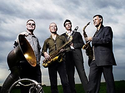 Jazz und Weltmusik im Rathaus-Innenhof