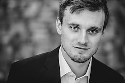 Jazz-Schmiede Online: Niklas Roever Trio
