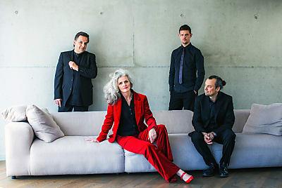 Anne Hartkamp Quartet (Bild &copy dorinamilas.de)