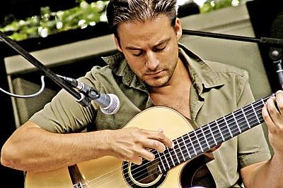 Gipfeltreffen der akustischen Gitarre feat Francesco Buzzuro, Adam Palma, Andre Krengel, Sophie Knops (Bild &copy R. Butscher)