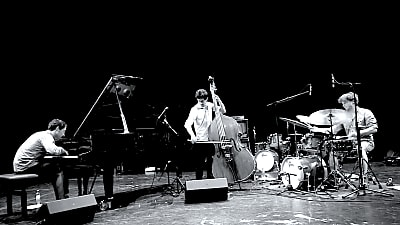 Joan Chavez Trio