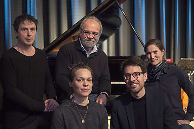 Jazz und Weltmusik im Rathaus-Innenhof (Bild © Robert Weiss)