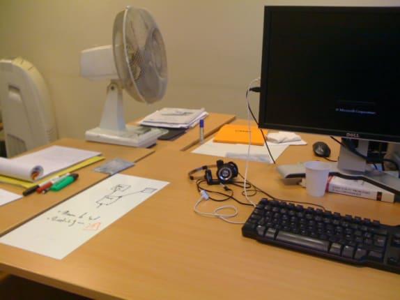 Le GribouilleTop collé sur mon bureau