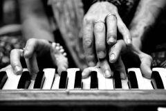 harmonium study chant kirtan