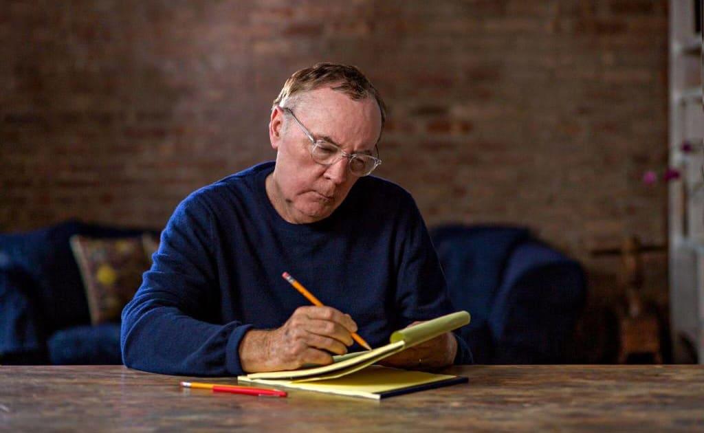 Modern Writer - James Patterson