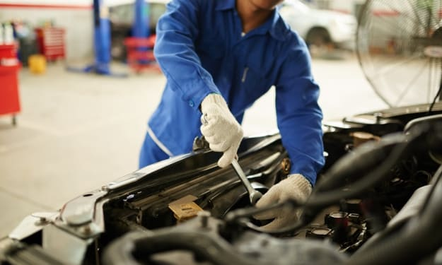 How Can You Efficiently Choose a Cheap Car Service Mechanic?