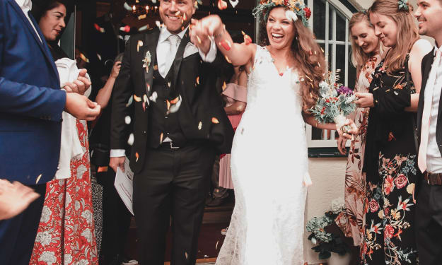 How to Afford Your Wedding Without Ruining Your Finances