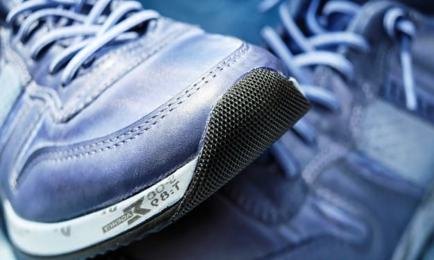 10 Tips for Choosing Athletic Shoes