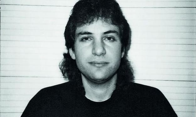 The story of Kevin Mitnick - The most famous hacker in the world