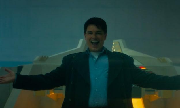 "John Barrowman Causes Internet Meltdown With Epic ""Doctor Who"" Return"