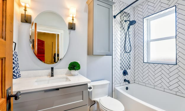 7 Tips for Making Small Bathrooms Look Bigger