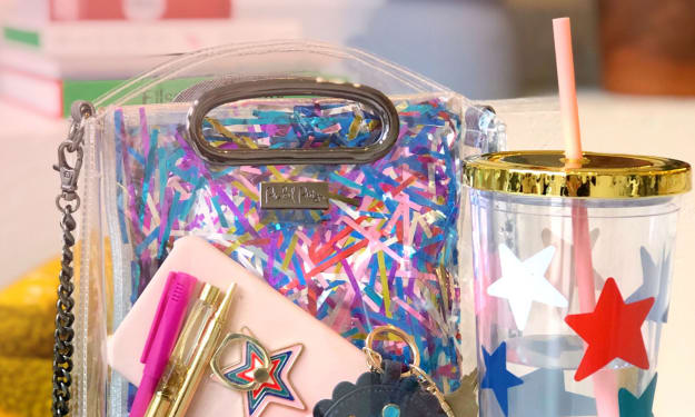 7 Cute Gameday Must-Haves to Rock the Tailgate