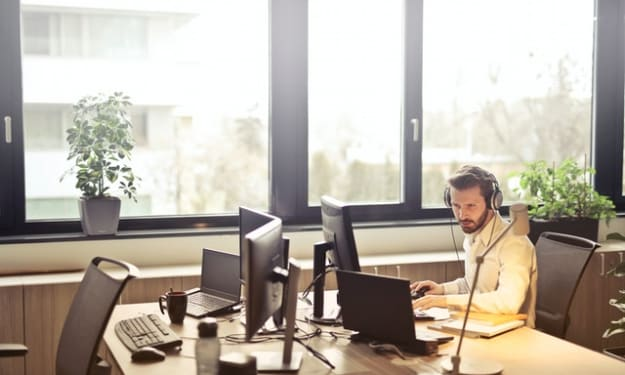 VoIP Phone Systems Brings in Noticeable Revolution for the SMEs