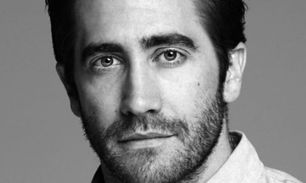 I can only wake up everyday listening to Jake Gyllenhaal now.