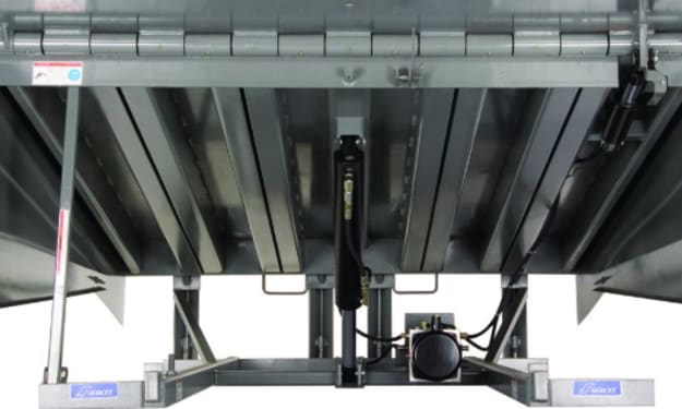 How a Serco Hydraulic Dock Leveler Model HLQ Improves Industrial Operation in Miramar, FL