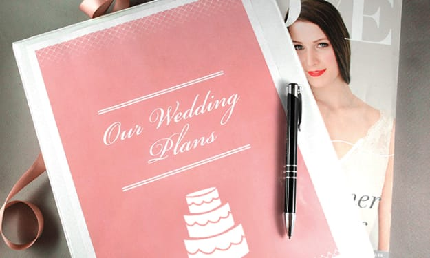 How to Become a DIY Bride. Planning a Wedding in a couple of steps.