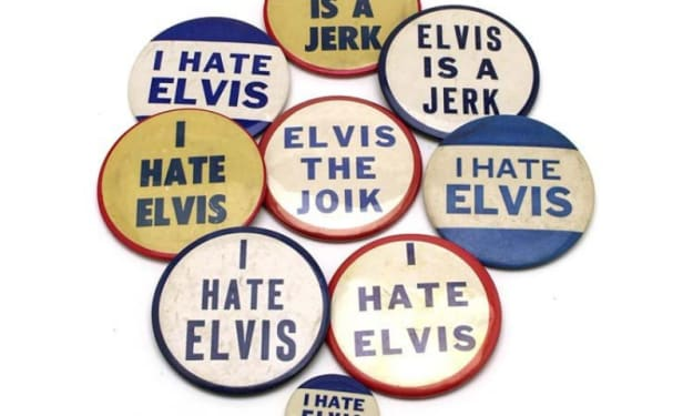 Pin Up: When Elvis Presley Profited From Being Cancelled