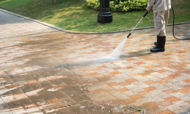 Tips to Properly Pressure Wash your Commercial and Residential Establishment