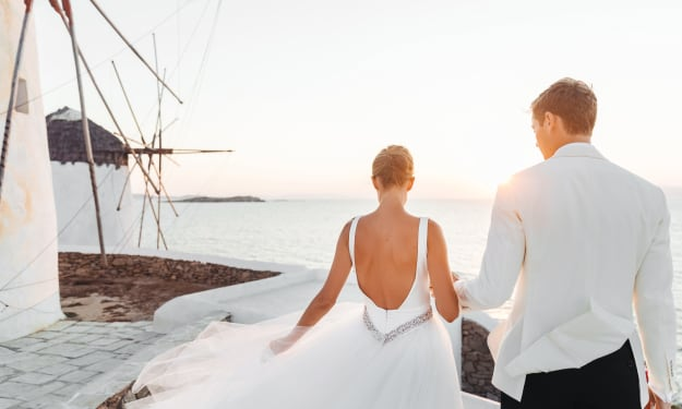 How to Plan Your Beach Wedding During a Pandemic
