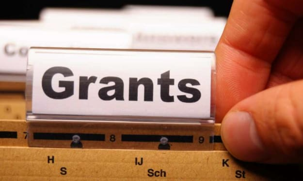GOVERNMENT GRANTS FOR DEBT RELIEF – HOW YOU CAN QUALIFY FOR FREE GOVERNMENT MONEY TO PAY OFF YOUR DEBT