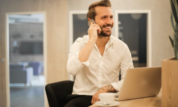 Which Phone System Is Better For Your Business? Is it On-Premise Or Cloud!