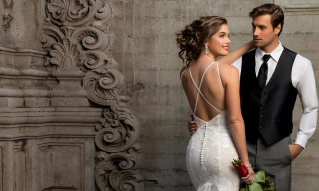 10 Gorgeous Wedding Dresses On Trend For Brides To Try
