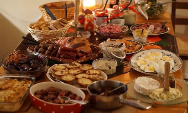 Traditional English Christmas Foods