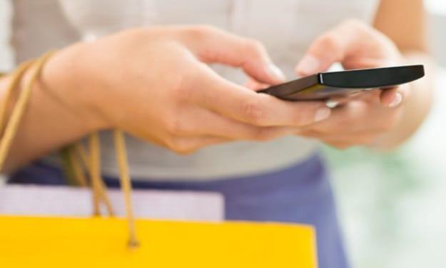 3 Ways to Make Private Phone Calls