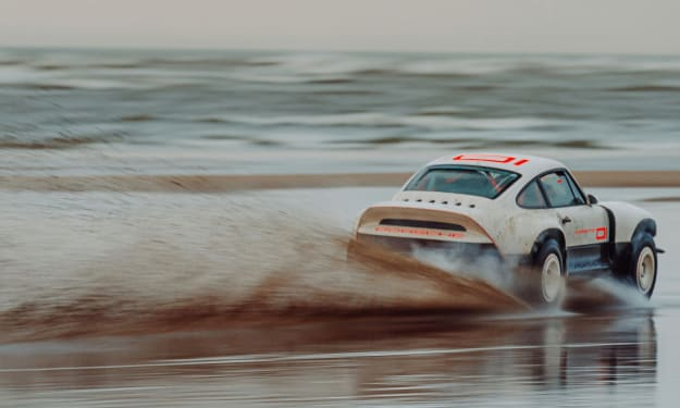A 90's Porsche 911 for off-road racing!