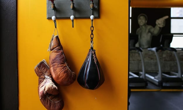 Are you a boxing lover? Here are a few pieces of equipment that you must have.