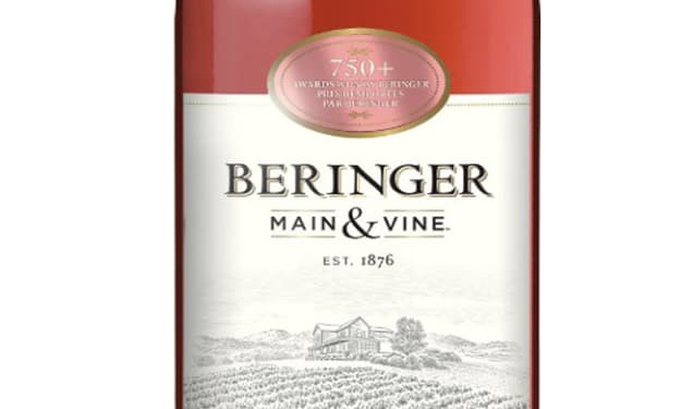 Wine Review: Beringer White Zinfandel