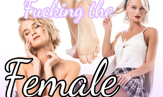 Lesbians Fucking the Female Table