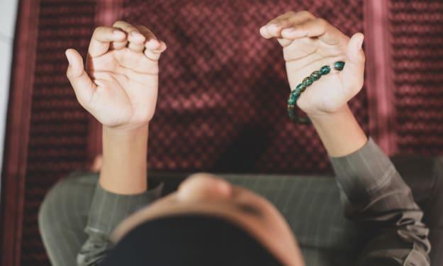 Prayer Mat For Kids To Learn How to Offer Prayer