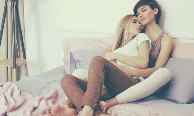 5 Things Your Lover Probably Wants in Bed