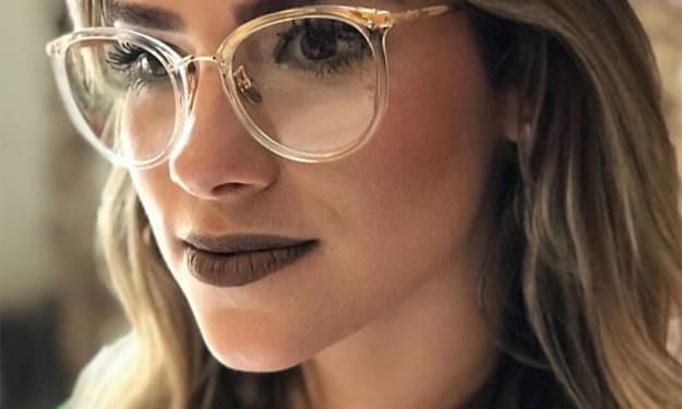 Glasses just for fashion - Can I wear them and where to buy them?