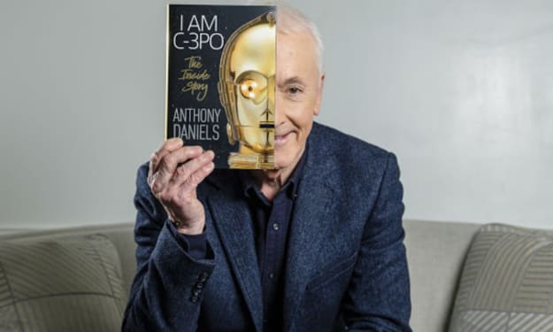 Anthony Daniels Celebrated 45 Years As C-3PO