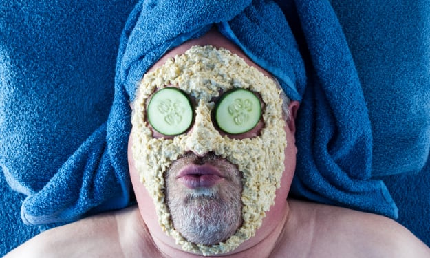 8 Beauty Hacks: Put Your Food on Your Face And Your Head!