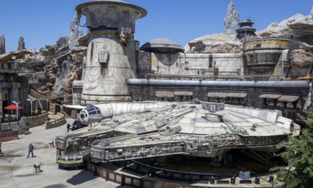 Check Out 'The Art Of Star Wars: Galaxy's Edge'