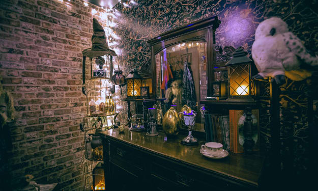 Meet the Harry Potter Super Fan Who Converted a Bedroom into an Incredible Tiny Hogwarts
